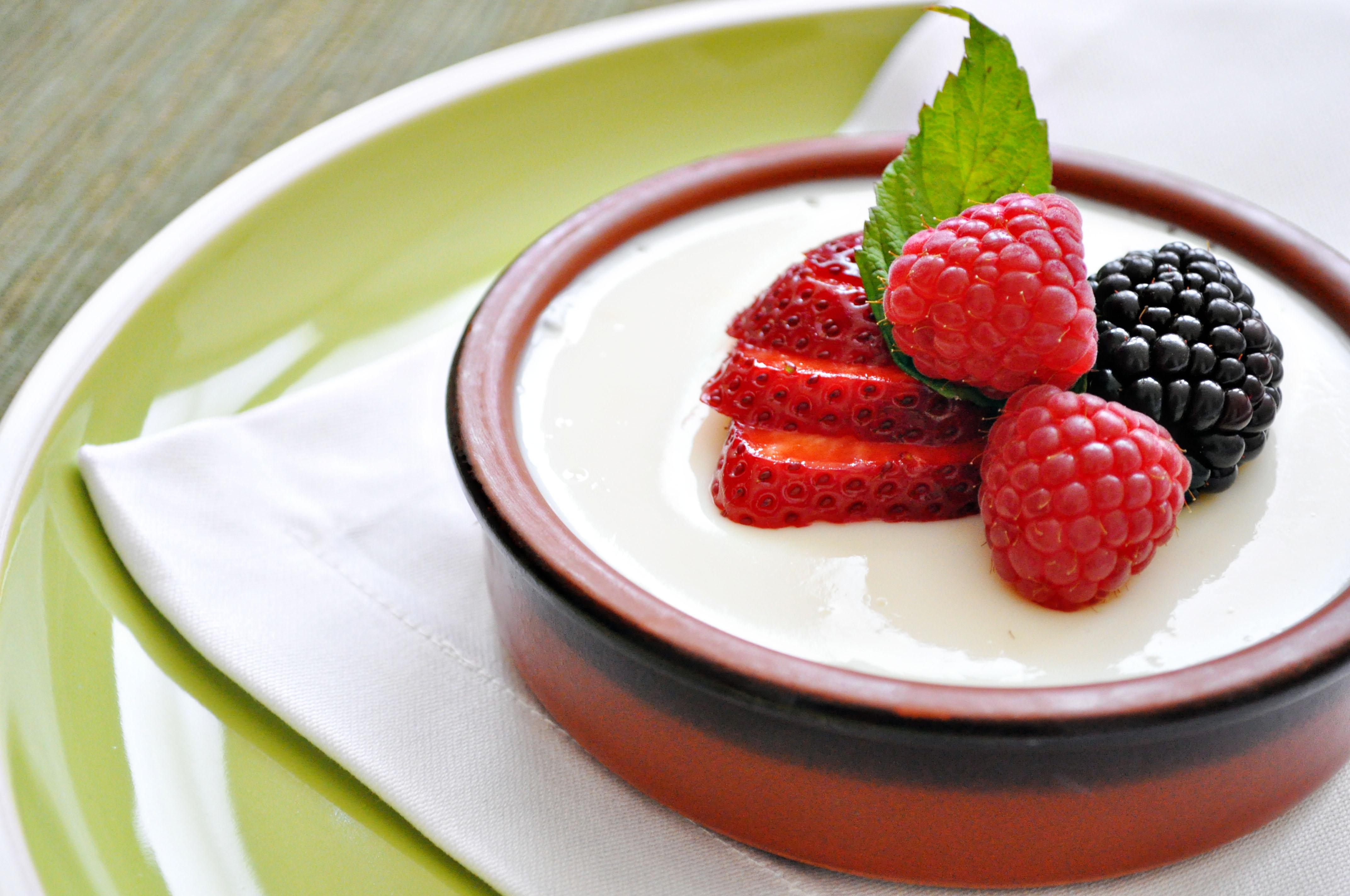 buttermilk-panna-cotta
